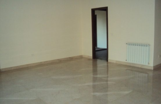 305sqm Apartment for sale in Mtayleb + 260sqm Terrace
