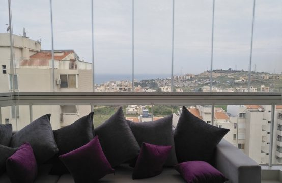 135sqm Apartment for sale in Dbayeh