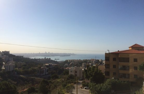 300sqm Apartment for sale in Mtayleb