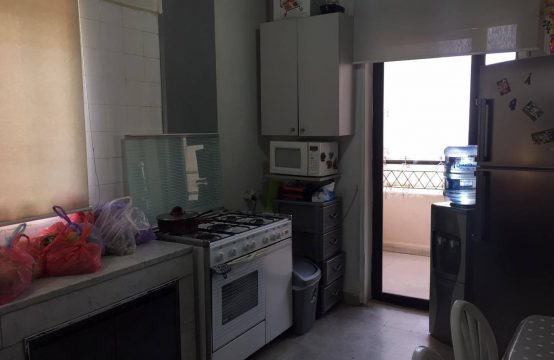 250sqm Apartment for sale in Haret Sakher