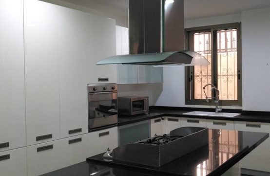 425sqm Apartment for sale in Biyada + 200sqm Terrace and Garden