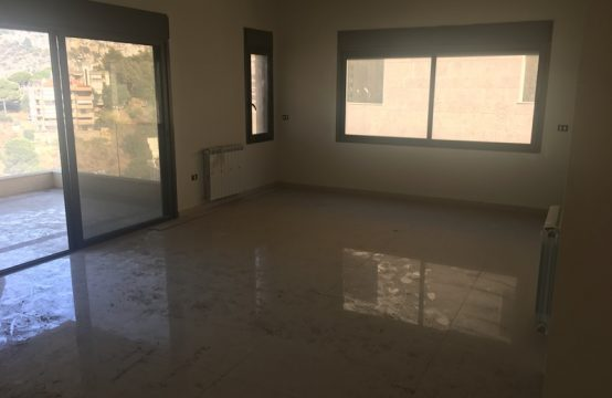 175sqm Apartment for sale in Bsalim
