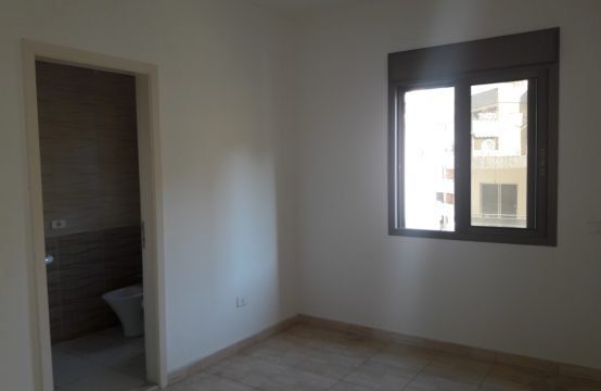 143sqm Apartment for sale in Adonis