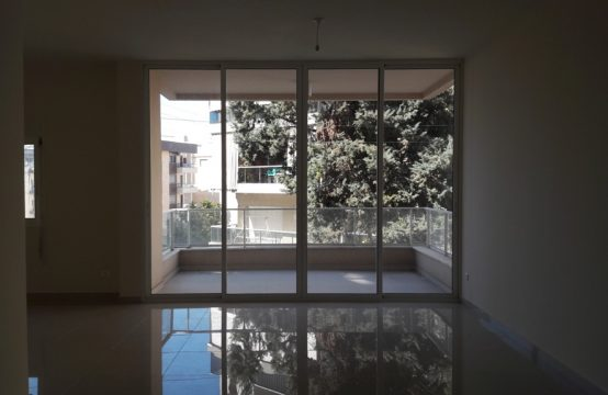 170sqm Apartment for sale in Adonis