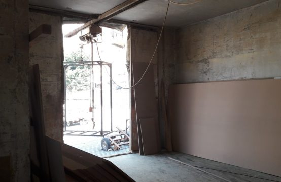 417sqm Shop for sale in Zouk Mosbeh
