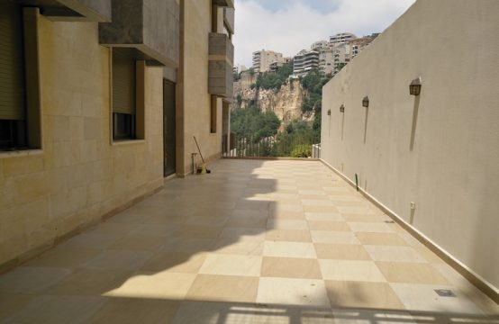 200sqm Apartment for sale in Rabweh + 100sqm Terrace