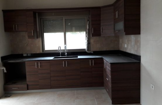 150sqm Apartment for sale in Zouk Mosbeh