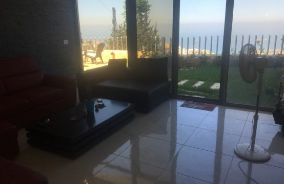 138sqm Apartment for sale in Blat + 140sqm Garden