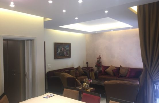135sqm Apartment for sale in Sheileh