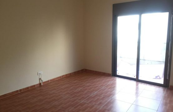 Apartment for Sale in Awkar