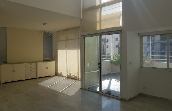 Duplex for sale in Zouk Mikael