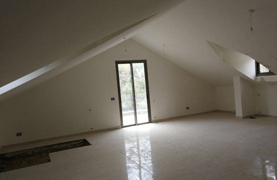 Duplex for sale in Ghosta