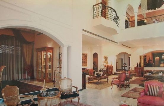 Villa for sale in Adma